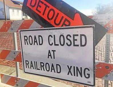 road closed at railroad (JPG)